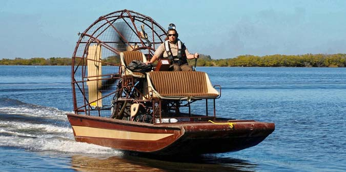 Dangers of Self-Guided Airboat Rides in the Everglades - Everglades Holiday Park